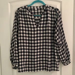 Old Navy Gingham check peasant blouse navy white